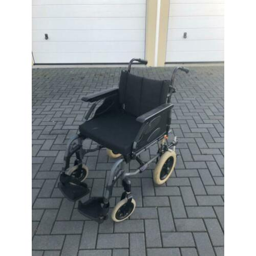 Transportrolstoel Invacare,past in iedere auto.